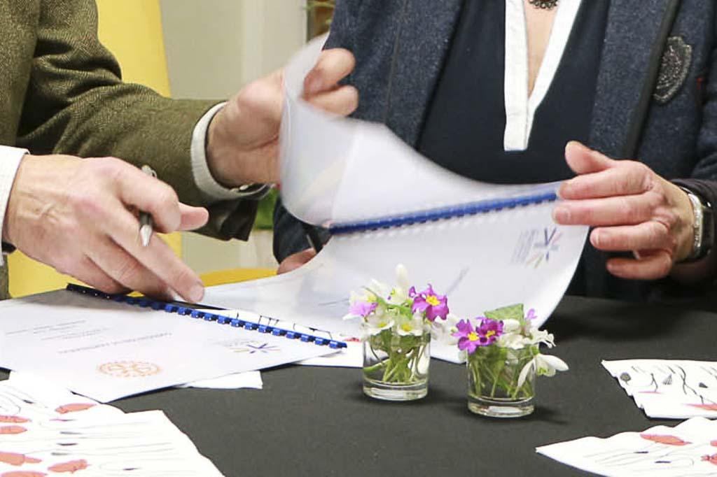 Signature avec le Rotary Club FHV